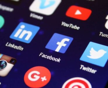 Best Ways to Seek Your Workers by Using Social Media